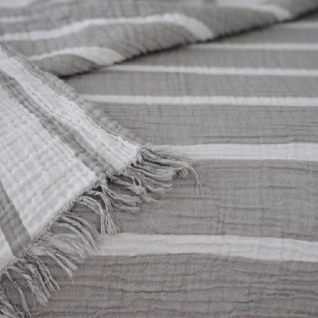 Cocoon Stripe Throw